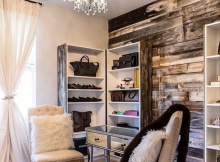 accent-wall-rustic-plank