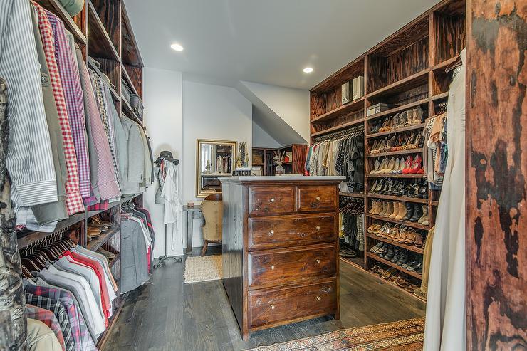 rustic closet w amazing shoe rack